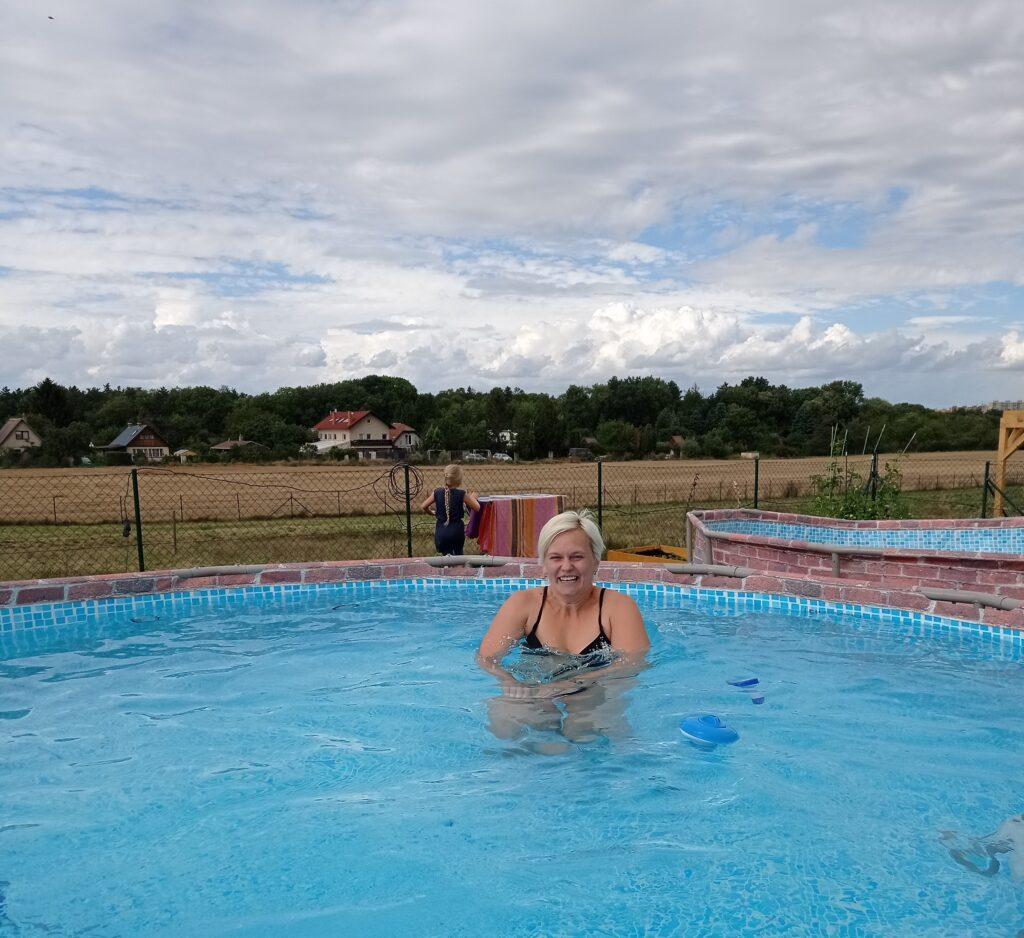 Otužování je dobré i pro plavání v chladném bazénu.